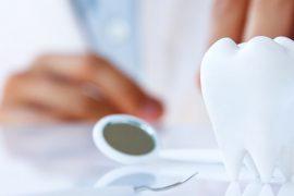 すきっ歯の適切な治療法とは?