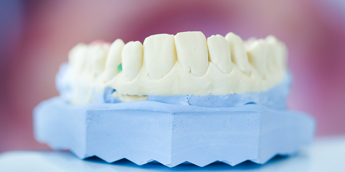 歯ぎしりの原因は?