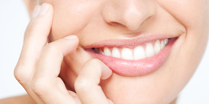 矯正の【抜歯】と【非抜歯】の「メリット」&「デメリット」