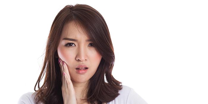 奥歯の痛み! 考えられる原因と治療法は?
