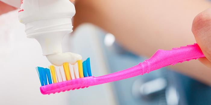 虫歯を予防しよう! 矯正器具をつける日々の「ブラッシング法」
