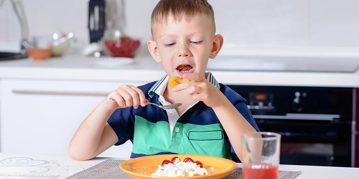 虫歯予防にも! 健康にも貢献する「良く噛む」メリットとは?