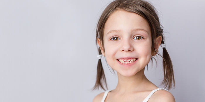 「良く噛む」人の口内は虫歯が少ない