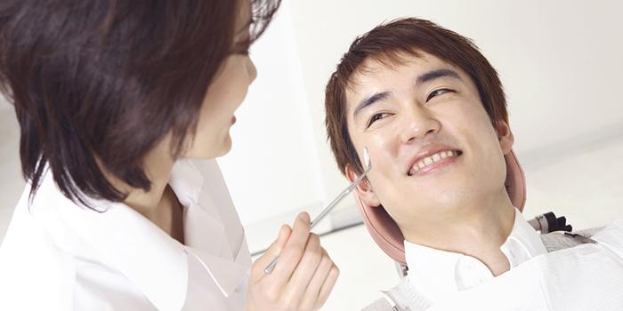 日本人は歯並びが悪くなりやすい? 歯並びが悪くなる原因とは?
