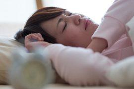 睡眠中に起こる歯ぎしりの理由と、その対処法