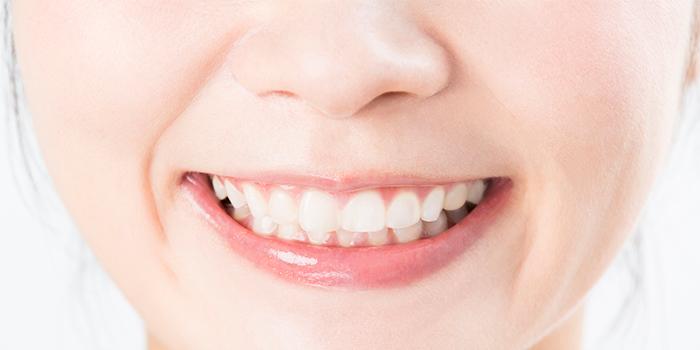 歯を抜かない矯正「ミュー」とはどんな治療法? そのメリットとは?